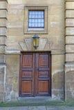 Vecchia porta del teatro, Oxford, Inghilterra Immagine Stock