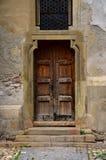 Vecchia porta di Brown Fotografia Stock Libera da Diritti