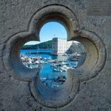 Vecchia porta di Dubrovnik Immagini Stock Libere da Diritti