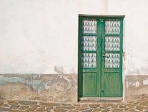 Vecchia porta di legno Fotografie Stock Libere da Diritti