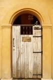 Vecchia porta di legno Immagine Stock