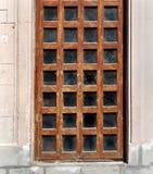 Vecchia porta di legno con le finestre di vetro Immagine Stock Libera da Diritti