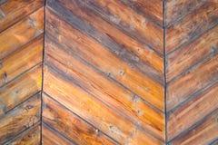 Vecchia porta di legno dell'azienda agricola Fotografia Stock Libera da Diritti