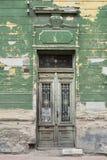 Vecchia, porta dilapidata Fotografia Stock Libera da Diritti