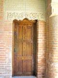 Vecchia porta fatta da legno Immagine Stock