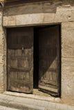 Vecchia porta in parete di pietra, Soria, Castiglia-Leon, Spagna Fotografia Stock