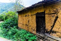 Vecchia porta turca della Camera del villaggio Immagine Stock