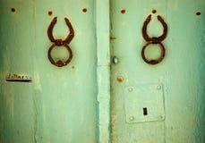 Vecchia porta verde Immagini Stock Libere da Diritti