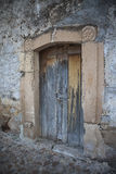 Vecchia porta in villaggio messicano Fotografia Stock
