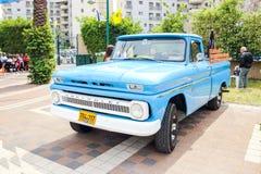 Vecchia raccolta di Chevrolet ad una mostra di vecchie automobili nella raccolta di KiryatOld Chevrolet ad una mostra di vecchie  Fotografia Stock Libera da Diritti