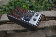 Vecchia radiolina per i manti della musica Immagine Stock Libera da Diritti