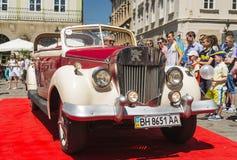 Vecchia retro automobile Immagine Stock Libera da Diritti