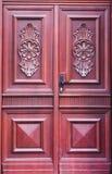 Vecchia retro porta rossa d'annata con l'isolato differente dei modelli Fotografia Stock Libera da Diritti