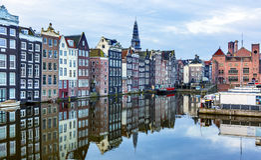 Vecchia riflessione Amsterdam Holland Netherlands della città del porto interno immagine stock libera da diritti