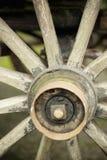 Vecchia rotella su una vettura Fotografie Stock Libere da Diritti