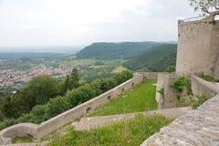 Vecchia rovina in Germania - Heunneuffen fotografia stock