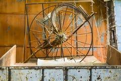 Vecchia ruota del carretto fotografia stock libera da diritti