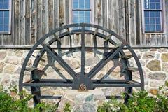 Vecchia ruota idraulica del laminatoio Fotografia Stock