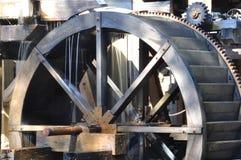 Vecchia ruota idraulica del laminatoio Fotografie Stock Libere da Diritti