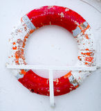 Vecchia salvavita a bordo di una nave Immagine Stock