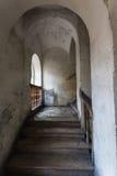 Vecchia scala storica in una casa urbana Fotografia Stock