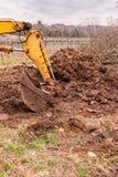 Vecchia scavatrice gialla immagini stock libere da diritti