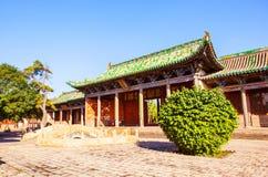Vecchia scena della città di Yuci. Costruzione confuciana del tempio (santuario). Immagini Stock Libere da Diritti