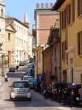 Vecchia scena della via della città Immagini Stock