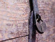 Vecchia serratura della cassa Immagini Stock