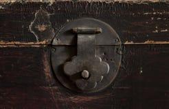 Vecchia serratura di vecchia casella immagini stock libere da diritti