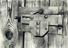Vecchia serratura nei toni grigi Fotografie Stock