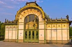 Vecchia Stadtbahn stazione di Karlsplatz nello stile di secessione di Vienna Fotografie Stock Libere da Diritti