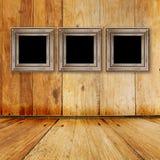 Vecchia stanza, interiore del grunge con i blocchi per grafici immagini stock libere da diritti