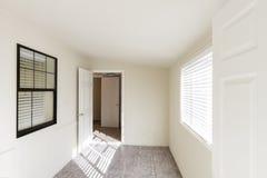 Vecchia stanza non ammobiliata Fotografia Stock