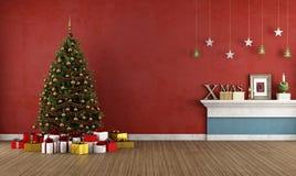 Vecchia stanza rossa con l'albero di Natale Fotografia Stock Libera da Diritti