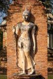 Vecchia statua di Buddha nel parco storico di Sukhothai Fotografia Stock Libera da Diritti