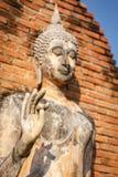 Vecchia statua di Buddha nel parco storico di Sukhothai Fotografie Stock Libere da Diritti