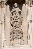 Vecchia statua di un bishop Fotografie Stock Libere da Diritti