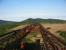 Vecchia stazione di perforazione in Kamchatka (Russia) Fotografie Stock Libere da Diritti