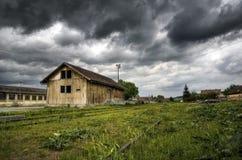 Vecchia stazione ferroviaria abbandonata Fotografie Stock Libere da Diritti