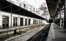 Vecchia stazione ferroviaria a Oporto immagine stock