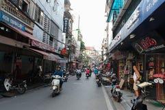 Vecchia strada della via della città di Hanoi Immagine Stock
