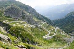Vecchia strada sul lato meridionale della st Gotthard Immagini Stock