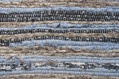 Vecchia struttura del tappeto del panno di straccio sporco, orizzontale e bande verticali Immagini Stock Libere da Diritti