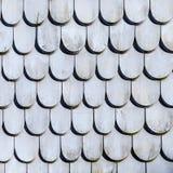 Vecchia struttura delle mattonelle di tetto nel grey Fotografia Stock