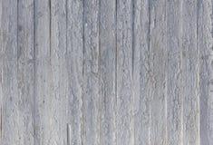 Vecchia struttura di legno dipinta bianca del fondo con parall verticale Fotografia Stock