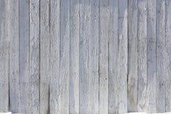 Vecchia struttura di legno dipinta bianca del fondo con parall verticale Fotografia Stock Libera da Diritti