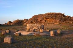 Vecchia Tabella cerimoniale su Isla del Sol nel Titicaca, Bolivia Fotografia Stock Libera da Diritti