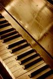 Vecchia tastiera di piano Immagine Stock Libera da Diritti