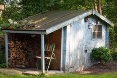 Vecchia tettoia del giardino Fotografie Stock Libere da Diritti